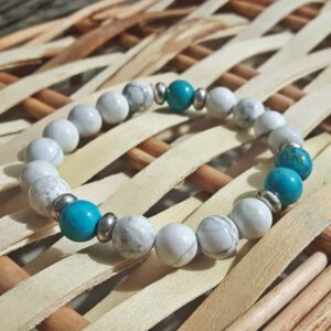 Bracelet en turquoise naturelle et howlite