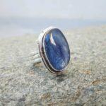 Bague en kyanite bleue