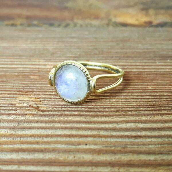 Bague fine dorée pierre de lune MARIE-ANTOINETTE