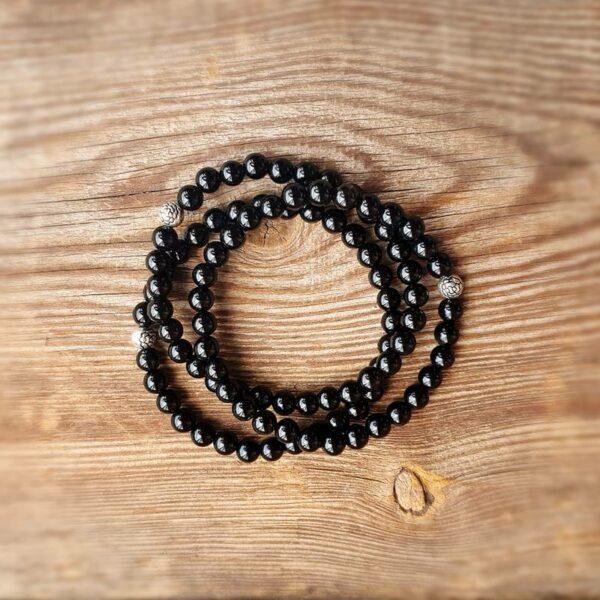 Schwarzes Onyxarmband