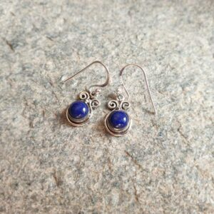 Petites boucles d'oreilles lapis lazuli