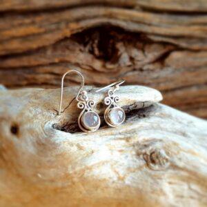 Petites boucles d'oreilles quartz rose