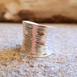 Bague large épurée en argent